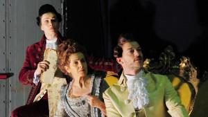 Candide regia di Fabrizio Arcuri da sinistra Filippo Nigro,Francesca Mazza e Lucia Mascino